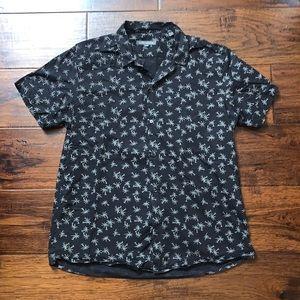 Slate & Stone Hawaiian Design Button Up